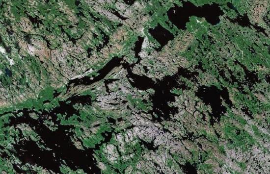 Arktyczne jeziora w Kanadzie.