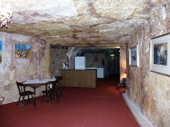 Podziemne mieszkanie w Coober Pedy (Australia).