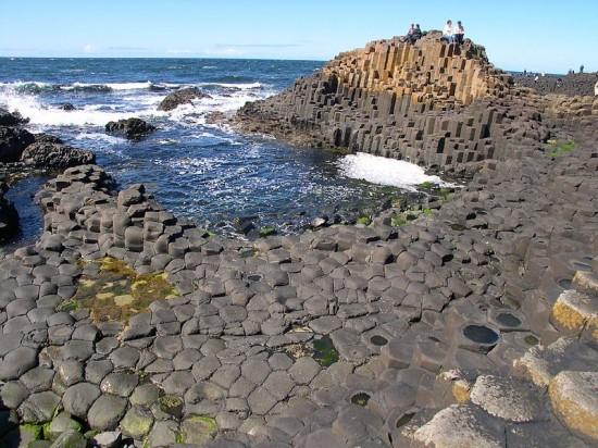 Bazaltowe słupy Grobli Olbrzymów (Irlandia Północna).