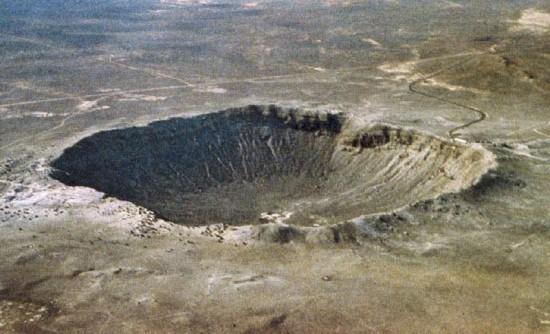 Krater Meteorytowy (inaczej Krater Barringera) w Arizonie.