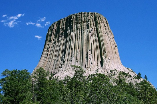 Wieża Diabła (Devils Tower National Monument) w stanie Wyoming, USA.