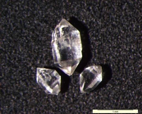 Kryształy kwarcu z polskiej soli.
