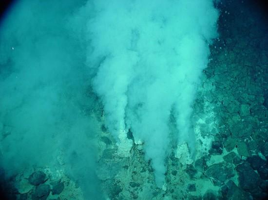 Gorące źródła podmorskie.