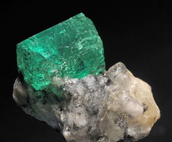 Beryl - szmaragd, kopalnia Muzo w Kolumbii.