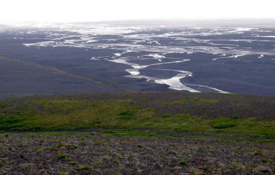 Widok na równinę sandrową Skaftafell na Islandii.
